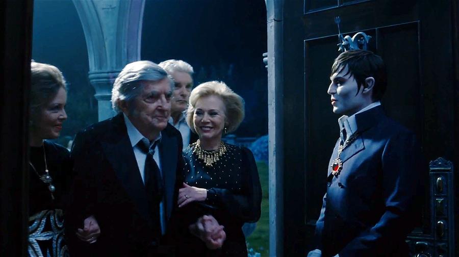 Сразу два Барнабаса Коллинза встретились в экранизации Бёртона!