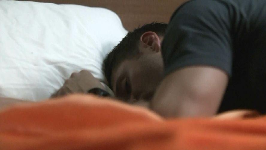 спящий мужчина фото анимация встаю раньше обычного